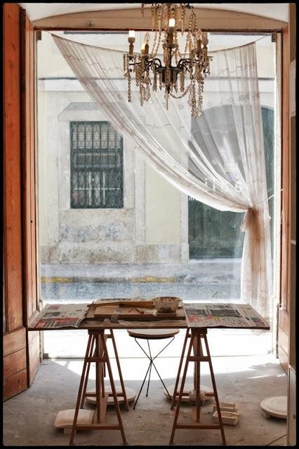 ceramics studio Lisboa, atelier de cerâmica Lisboa, caulino ceramics Lisbon